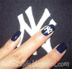 I would add pinstripes to the other nails. So need to do this when baseball season starts! Holiday Nail Designs, Holiday Nails, Nail Art Designs, Yankees Nails, Ny Yankees, Yankees Baby, Damn Yankees, Spring Nail Trends, Spring Nails