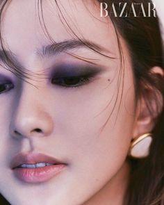 Extended Play, Pearl Earrings, Hoop Earrings, Female Singers, Harpers Bazaar, Skin Makeup, Korean Girl Groups, Artist, Instagram