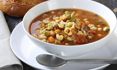 A simple Minestrone soup recipe for you to cook a great meal for family or friends. Buy the ingredients for our Minestrone soup recipe from Tesco today. Italian Vegetable Soup, Italian Vegetables, Italian Soup, Vegetable Soup Recipes, Vegetable Seasoning, Italian Life, Veggie Soup, Italian Recipes, Blue Zones Recipes