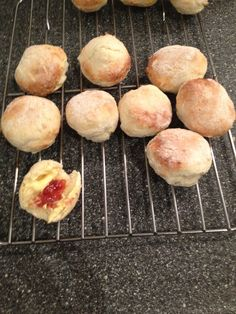 Packet Scones in the Air Fryer baked in the Philip's baking tin. 200 degrees, 3 minute warm up and then cook for 7 minutes.
