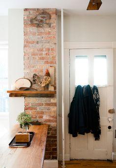 Super Home Interior Inspiration Exposed Brick Ideas Fake Brick, Exposed Brick, Living Room Decor Inspiration, Interior Inspiration, Home Furniture, Furniture Design, Furniture Vintage, Rustic Staircase, Brick Columns