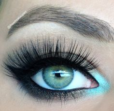 Free Makeover for all limousines reservations. Please contact us as soon as you know the date of your special day! Pop of turquoise – Makeup Geek Idea Gallery Kiss Makeup, Love Makeup, Makeup Looks, Hair Makeup, Makeup Geek, Makeup Tips, Makeup Ideas, Turquoise Makeup, Turquoise Eyeshadow