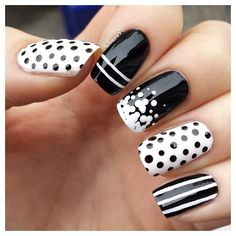 Black and white  #nails
