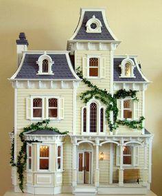 Fairies Hill, la maison des fées, maison victorienne récemment relookee.