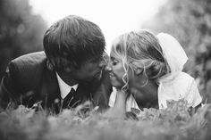 I absolutely adore these photos and ideas from this backyard vintage wedding// Kenny & Ervina | Backyard Vintage DIY Wedding » Marvelous Things Photography | Blog