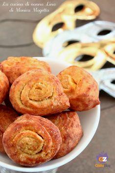 CHIACCHIERE di carnevale, una ricetta Marchigiana doc! Provatele! #chiacchiere #carnevale #carnevale2019 #dolcitipici