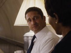 Though not at all original, Gerard Butler makes for a likable super Secret Service agent in this passable action thriller. Dracula 2000, London Has Fallen, Super Secret, Gerard Butler, Fall 2016, I Movie, Thriller, Cinema, Rotten Tomatoes
