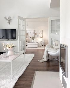 I saved this because I did not like this, even though it is white. It's too white. I want a warmer white. Floor is too dark Home Room Design, Dream Home Design, Modern House Design, Home Interior Design, Dream House Interior, Luxury Homes Dream Houses, Pinterest Home, Dream Rooms, House Rooms