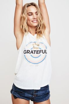 GRATEFUL MEDALLION MUSCLE TANK - Spiritual Gangster