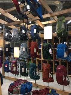 Retail Store Design, Retail Shop, Backpack Store, Clothing Store Interior, Retail Bags, Shoe Room, Bag Display, Showroom Design, Point Of Sale
