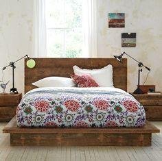 Love that platform bed