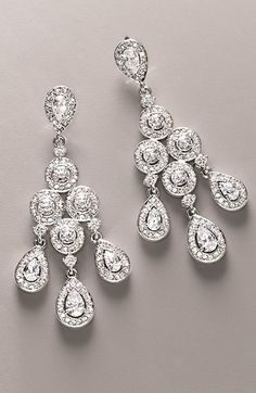 Gorgeous chandelier earrings - perfectbridal earrings http://rstyle.me/n/mu57vnyg6