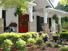 Behind the Red Door - Eye-Catching Entryways for Summer on HGTV