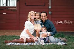 Family Photography / Family pose ideas / children's photography / family equestrian session