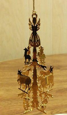 86-89 Danbury Mint Gold Christmas Ornament