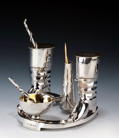 SILVER PLATED CRUET SET ELKINGTON AND CO RIDING THEMED  - See more at: http://www.richardgardnerantiques.co.uk/product/677/SILVER+PLATED+CRUET+SET+ELKINGTON+AND+CO+RIDING+THEMED