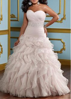 Glamorous Organza A-line Sweetheart neckline Plus Size Wedding Dress