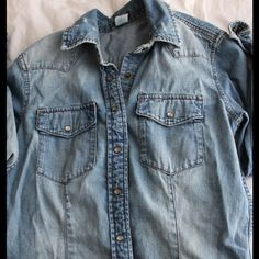 J. Crew Long Sleeve Denim This long sleeve denim is in excellent condition. The denim material is thick and of good quality J. Crew Tops Tees - Long Sleeve