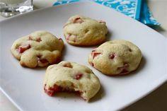 Spring dessert/breakfast recipe: Sour Cream Rhubarb Cookies