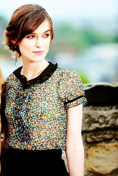 I would love to see Keira Knightley in person. I think she is just so unbelievably stunning and truly admire her!