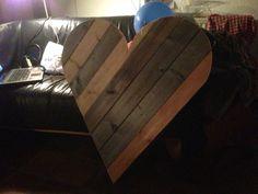 Anouk's houten hart. Made by Erik!!  Geüpload door Erik van Engelenhoven.