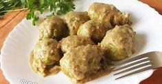 Receta de coles de bruselas en salsa de nueces. Un plato muy saludable, además de ser ideal para dieta vegana.
