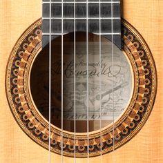 José Romanillos 1987 | Harris Guitar Foundation
