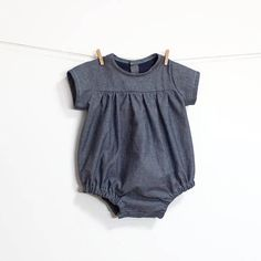 Baby Benedita Romper Sewing Pattern – PDF – Instant download – Long or Short Sleeve — With shoulder frill Our Beneditas baby romper pattern is so lovely! You can make it with long or short sleeves and with or without shoulder frill! It is also available as a complement for those of you