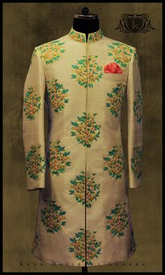 Ideas for wedding vintage men suits mens fashion Mens Indian Wear, Mens Ethnic Wear, Indian Groom Wear, Indian Men Fashion, Mens Fashion, Sherwani Groom, Mens Sherwani, Wedding Sherwani, Wedding Dresses Men Indian
