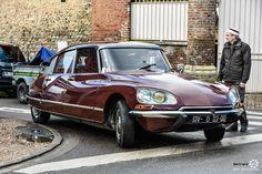 #Citroën #DS au rassemblement du Printemps d'Acquigny Reportage : http://newsdanciennes.com/2016/03/29/rassemblement-printemps-dacquigny/ #Voiture #Ancienne #ClassicCars
