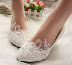 Lace Wedding Shoes Prom Pearls Lace Bridal shoes High Heels Low Heels flat shoes #Handmade #KittenHeels #Prom