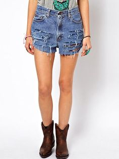 Browse online for the newest ASOS Reclaimed Vintage Levi's Denim Shorts with Slashing styles. Shop easier with ASOS' multiple payments and return options (Ts&Cs apply). Fashion Pants, Fashion Outfits, Cheap Pants, Vintage Levis, Cheap Fashion, Denim Shorts, Ripped Denim, What To Wear, Leggings Are Not Pants