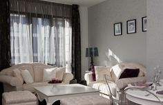 Cleves Este apartments are light and airy, with spacious rooms and big windows.