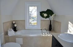 staging ideas  for bathroom | Staging a Bathroom: How to Make Buyers Fall in Love With Yours.