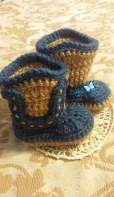 Crochet by Dugan's Girls {Baby Boot Scoot'n Boots}