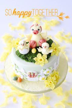 Pink Sugar by Kessy - Ostertorte Zuckerfigur, cake topper, Fondant, Blütenpaste, eastern, Ostern, Backen, Torte, Motivtorte