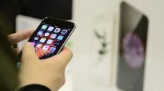 Apple denies iPhone price-fixing