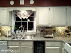 Kitchen Cabinet Makeover {Annie Sloan Chalk Paint}