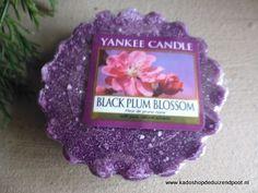 Black Plum blossom Yankee Candle  tart