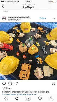 Construction Themed- Playdoh and Jenga Blocks Nursery Activities, Preschool Activities, Construction Eyfs, Construction Area Early Years, People Who Help Us, Tuff Spot, Creative Area, Tuff Tray, Holiday Club