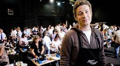 The #celebrity TV chef #JamieOliver has announced plans to open a new #HotDog themed #restaurant in #London - http://finedininglovers.com/blog/news-trends/jamie-oliver-hot-dog-restaurant/