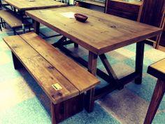 【古材家具】古民家を解体した際に出てくる梁や柱建具などで使用されていた木の風合いを生かした家具です。 1点1点ちがう表情があり、「節」、「釘穴」、「凹凸」もあります。 長い年月を経た古材の風合い、温もりがいい味出してます! そこからさらに長い年月を楽しむのもいいですよね。#furniture #table #oldmaterials