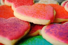 I love this no-chill sugar cookie recipe! Quick, easy, and tastes way too yummy!