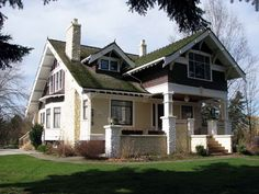 Craftsman Style Home Interiors   Craftsman Style Home Designs with White Bricks