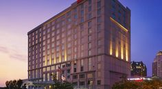 Hilton Providence Providence Located in Providence, Rhode Island city centre, adjacent to the Dunkin Donuts Center and within walking distance to area attractions, this hotel features modern amenities and exceptional on-site facilities.