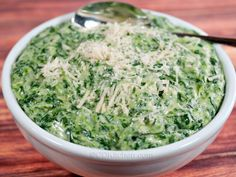 Boston Market Creamed Spinach - CDKitchen.com - One bite of this rich and creamy copycat spinach dish and you'll know why it's so popular at Boston Market!