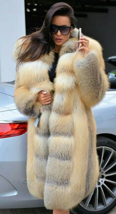 Rascal pick - Long Hair - All Dolled Up - Beauty Fur Fashion, Winter Fashion, Fashion Outfits, Womens Fashion, Fashion Trends, Fox Fur Coat, Fur Coats, Fabulous Furs, Fur Jacket