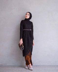 Fashion Hijab Dress Black Ideas - New Ideas Fashion Hijab Dress Black 56 Ideas Fashion Hijab Dress Model Kebaya Muslim, Kebaya Modern Hijab, Dress Brokat Modern, Model Kebaya Modern, Kebaya Hijab, Dress Muslim Modern, Kebaya Kutu Baru Modern, Dress Brokat Muslim, Hijab Gown