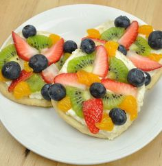 Recipe for Mini Fruit Pizzas