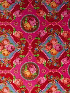 Singing roses- tapetti / TAPETIT - Tilaustapetit Pip Studio / Colore - Sisustajan karkkikauppa